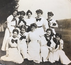 Photo of College of Notre Dame of Maryland Freshman Class, 1911